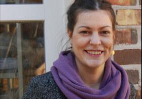 Miriam Rausch. Eine sehr sympathische junge Frau mit einem verschmitzen Lächeln und sonnigem Gemüt.