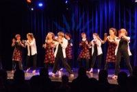 Jazztanzgruppe auf der Bühne