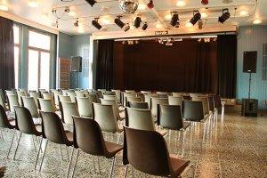 Saal mit Bühne in der Spirale